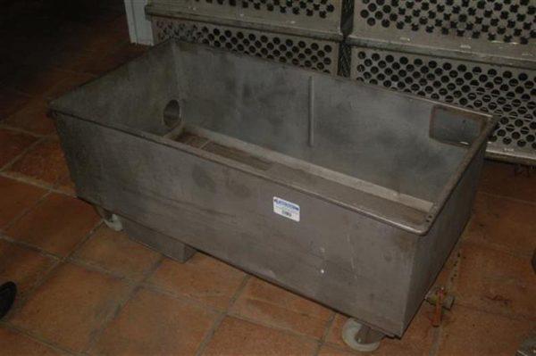 1 balsa rectangular en acero inox de 340 l con ruedas