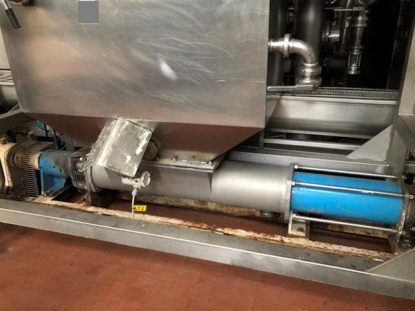 1 bomba helicoidal con sinfin abierto y tolva csf inox 1