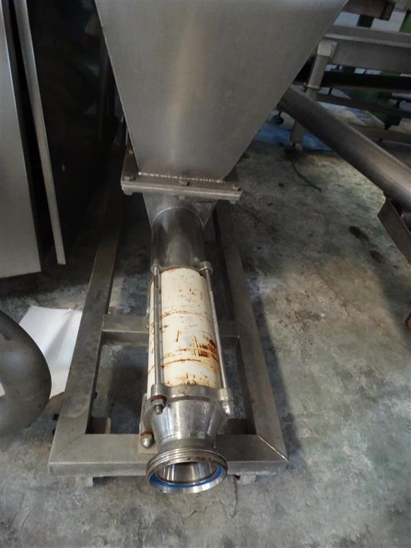 1 bomba helicoidal con sinfin abierto y tolva csf