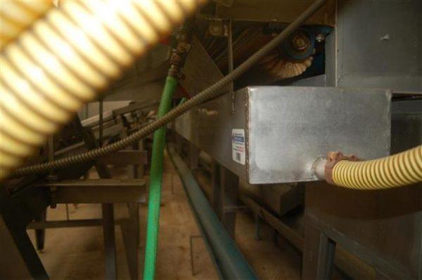 1 canal de desperdicio en acero inox 13.77 m