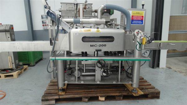 1 capsuladora automatica ayrtac mc 200
