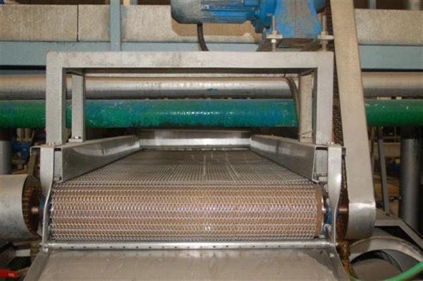 1 cinta transportadora con malla para escurrir l 4 m a 95 cm