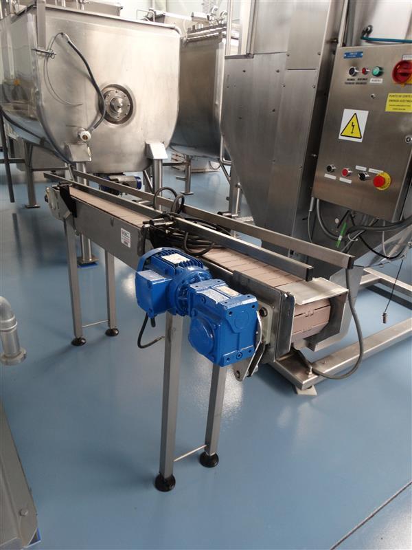 1 cinta transportadora de charnela de pvc en inox.l1.95m a15cm