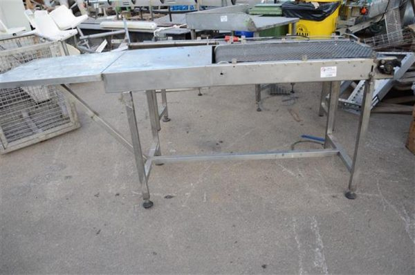 1 cinta transportadora de lona con mesa en acero inox.l 2.30 m a 50cm