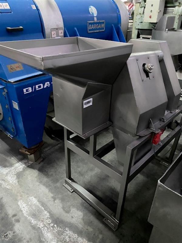 1 cortadora cubicadora fam inox 2