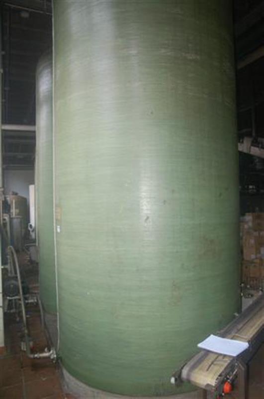 1 deposito de fibra de vidrio de 12000 l