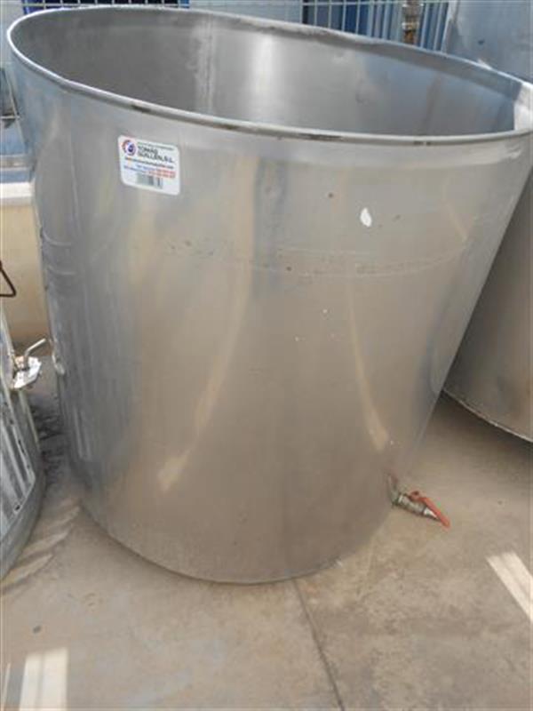 1 deposito vertical en acero inox 700 l 1