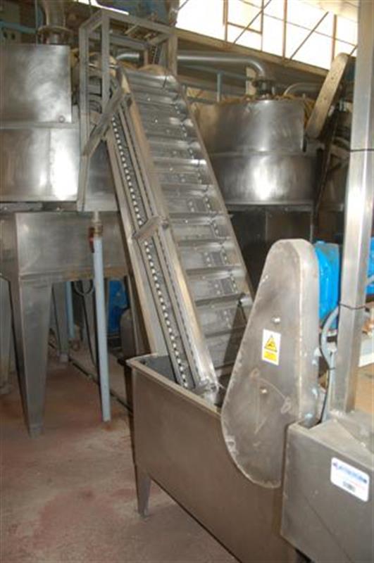 1 elevador de cangilones y cuello cisne con balsa en acero d 2.22 m 1 2