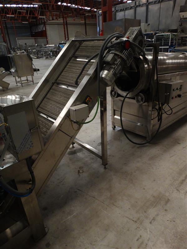 1 elevador de malla perforada con palas gelgoog inox. descarga 1.80 m