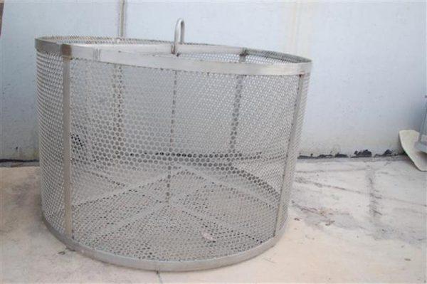 1 jaula cilindrica de malla perforada 1.24 m 8