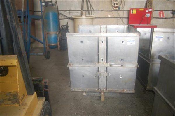 1 jaula cuadrada para autoclave con carro en acier inox 85 cm