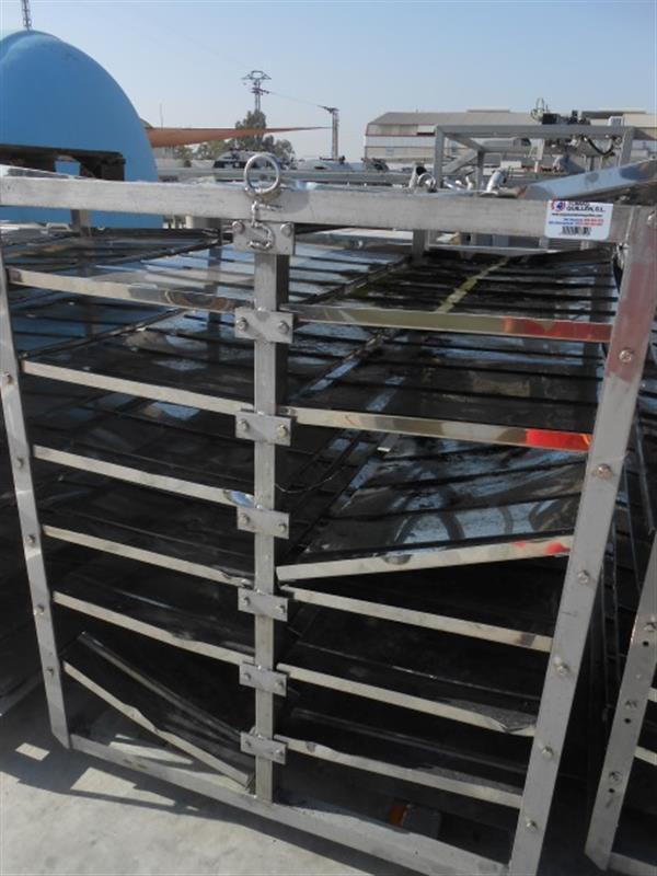 1 jaula del cocedor en acero inox maconse. l 1.28 m a 1.185 m. 1