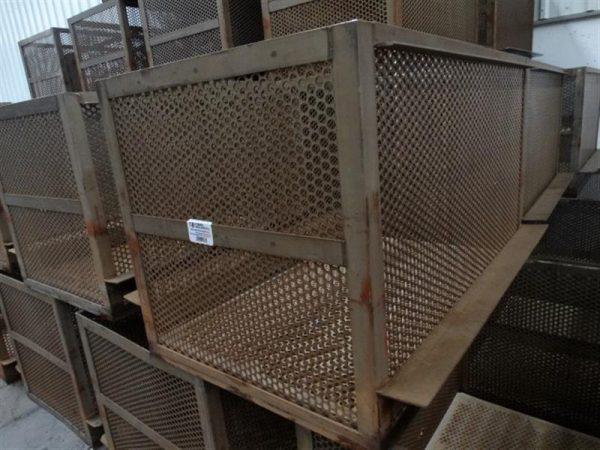 1 jaula levati inox. l1.23 m x 0.97 m
