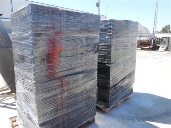1 lote de cajas de plastico