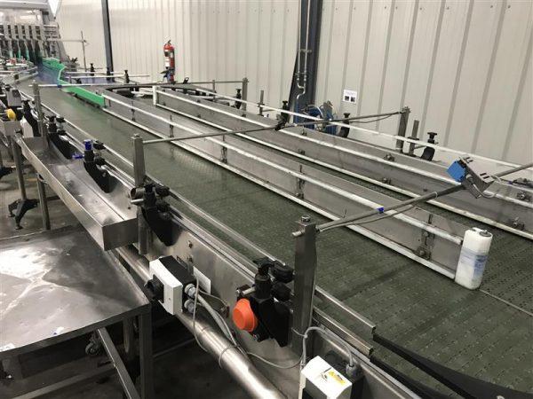 1 mesa de acumulacion de banda modular inox. l 6.70 m a 2.2 m