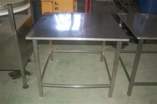 1 mesa en acero inox.l1m. 2