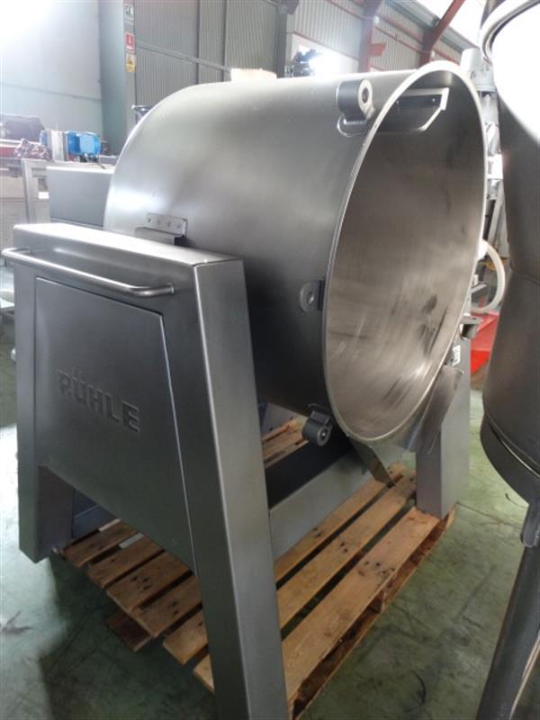 1 mezclador vertical con agitador en acero inox 300 l