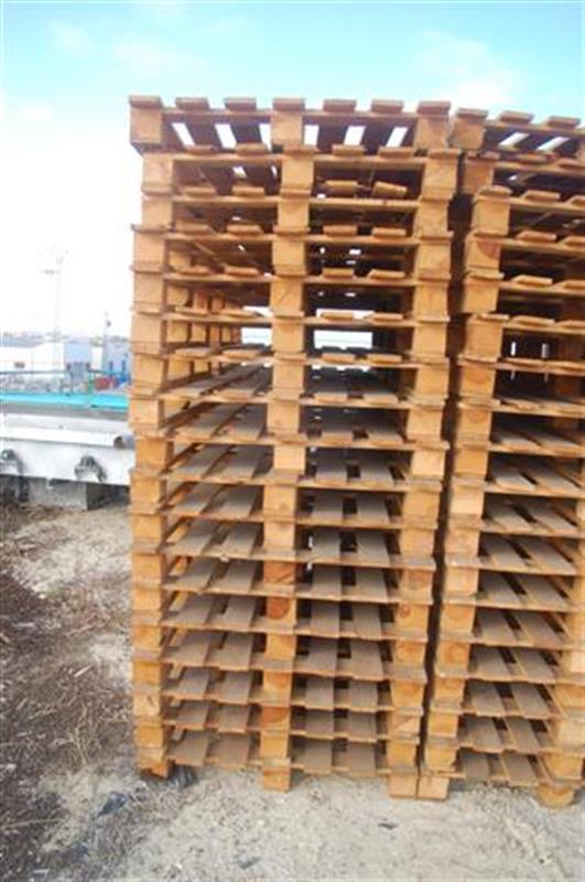 1 palets de madera largo 1.10 m