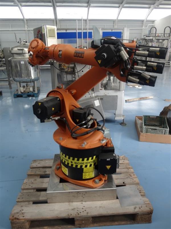 1 robot kuka kr 16c