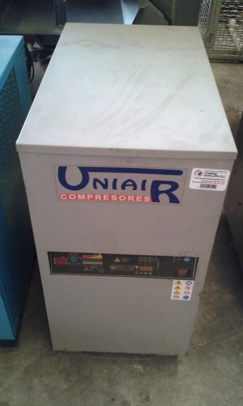 1 secadora de aire uniair