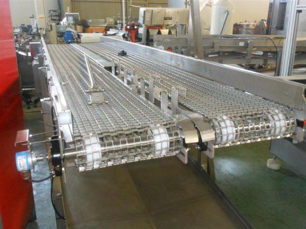 2 cinta transportadora doble perforada en acero inox.l4.13m a84 cm