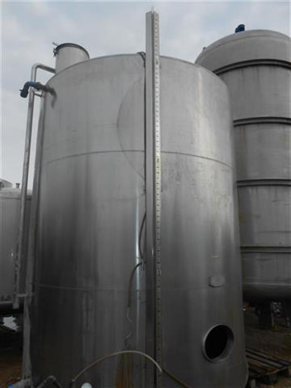 2 deposito vertical en acero inox aseptico de 20.000 l