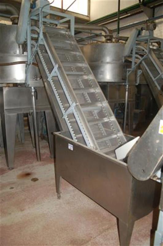 2 elevador de cangilones y cuello cisne con balsa en acero d 2.22 m 1 4