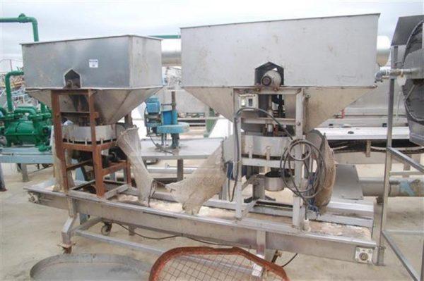 2 machacadora doble de aceituna con cinta de reparto en acero inox. 1