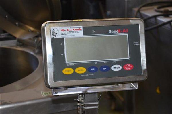 3 bascula de pesaje en acero inox de 350 kg.