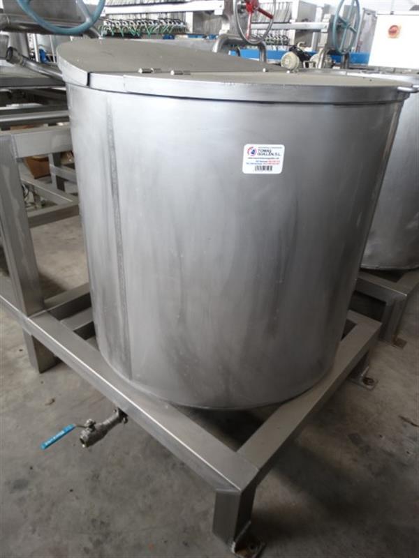 3 deposito vertical 600 l inox 2
