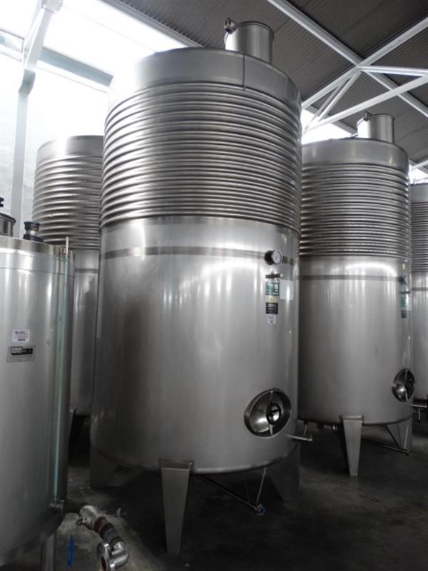 3 deposito vertical refrigerado con fondo conico en inox 8000 litros 3