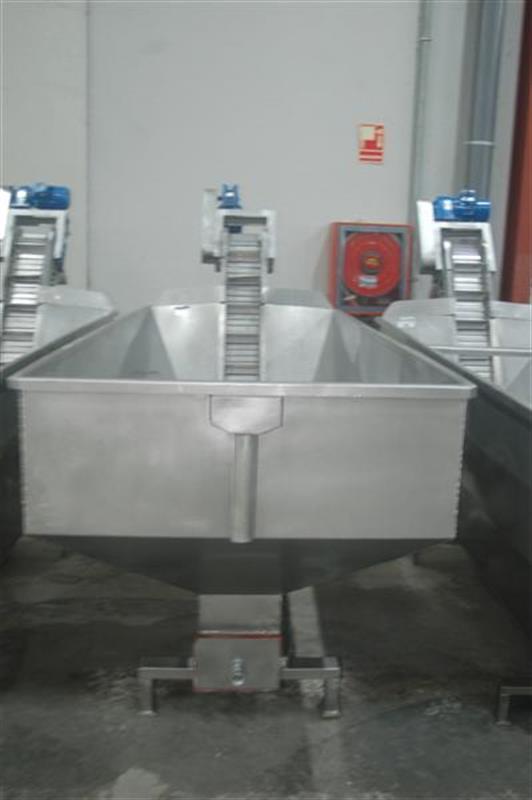 3 elevador con balsa en acero inox descarga 1.60 m 3
