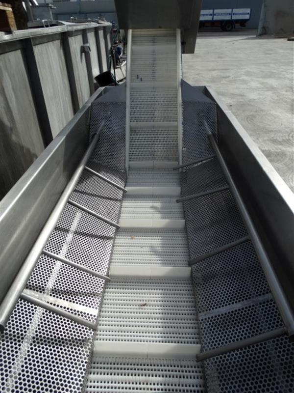 3 elevador de palas modular inox. descarga 1.47 m a 40 cm