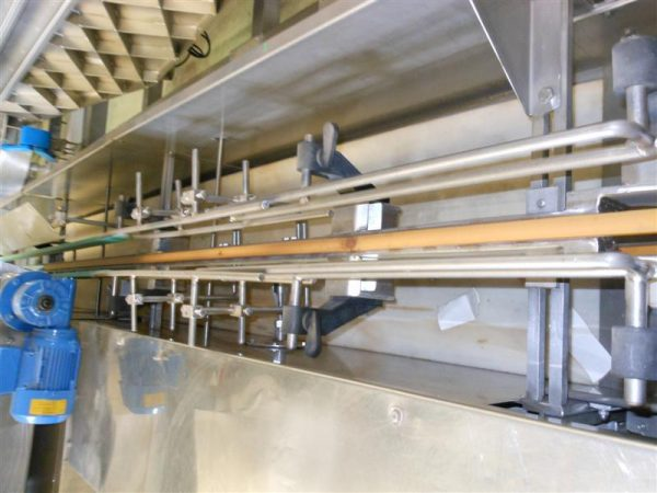3 llenadora lineal universal automatica en acero inox. tomas guillen 3