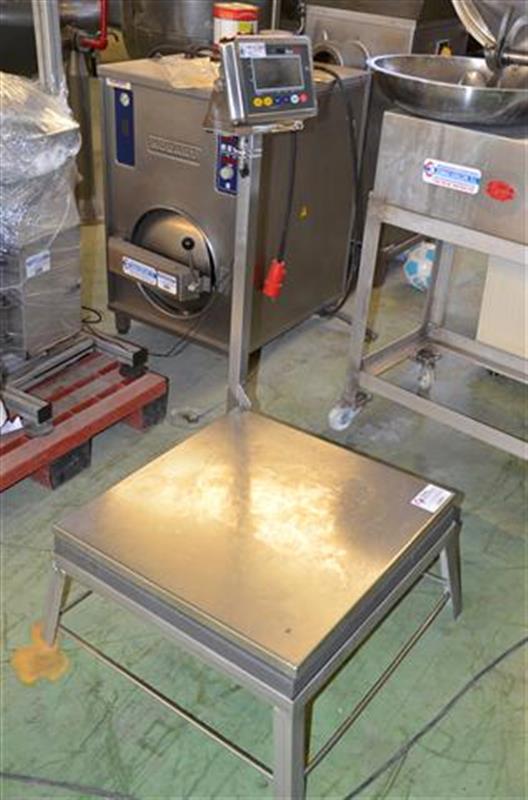 4 bascula de pesaje en acero inox de 350 kg.