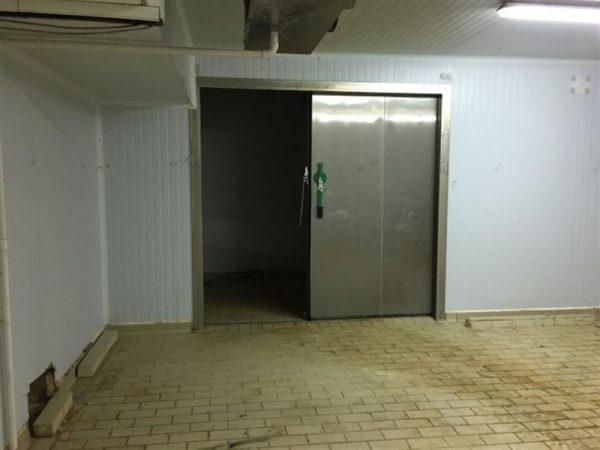 4 camara frigorifica l 7.20 m a 6.30 m alto 3 m
