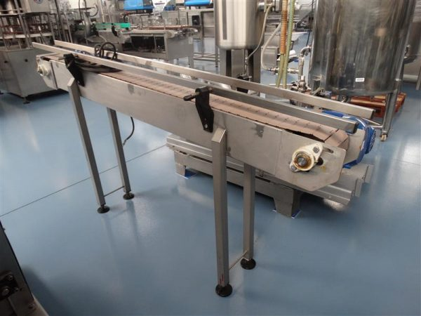 4 cinta transportadora de charnela de pvc en inox.l1.95m a15cm