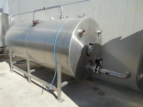 4 deposito horizontal con agitador rossi catelli 4.500 l