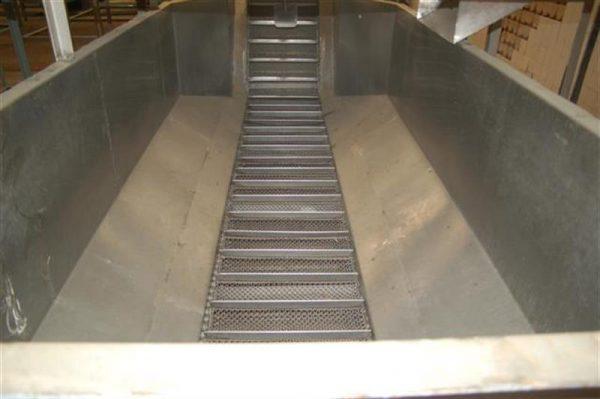 4 elevador con balsa de cangilones descarga 2.60 m 3