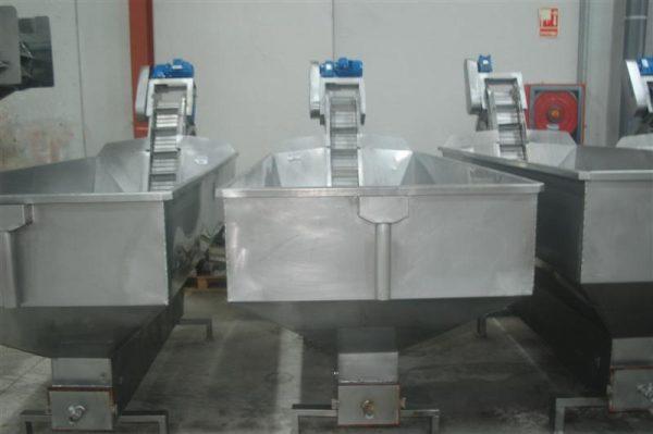 4 elevador con balsa en acero inox descarga 1.60 m