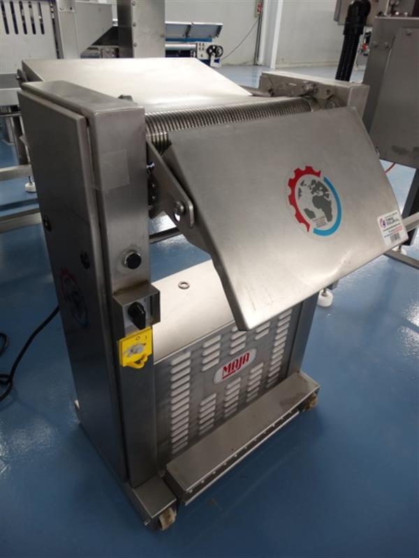 4 peladora de piel de pescado maja maschinenfabrik mod esm 4352