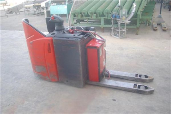 4 transpaleta electrica lateral linde ag