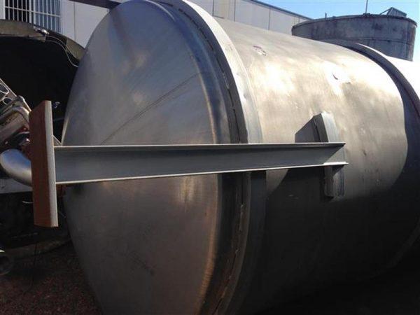 5 deposito vertical con fondo conico con agitador en inox 18.500 litros