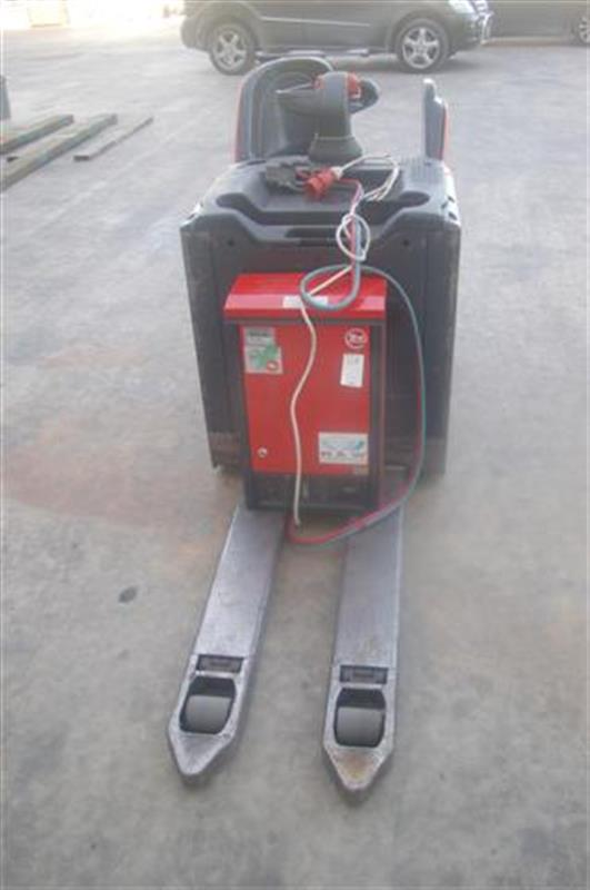 5 transpaleta electrica lateral linde ag