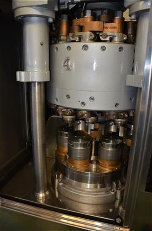 6 cerradora para botes angelus 60l diametro 73 mm