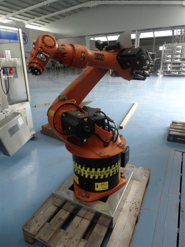 8 robot kuka kr 16c