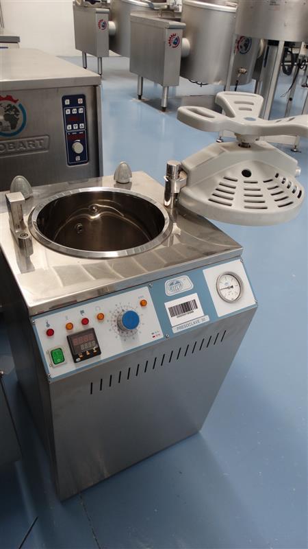 9 autoclave vertical de laboratorio selecta inox 2 j